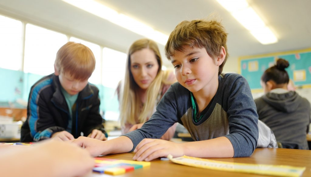 students solve problems in teams