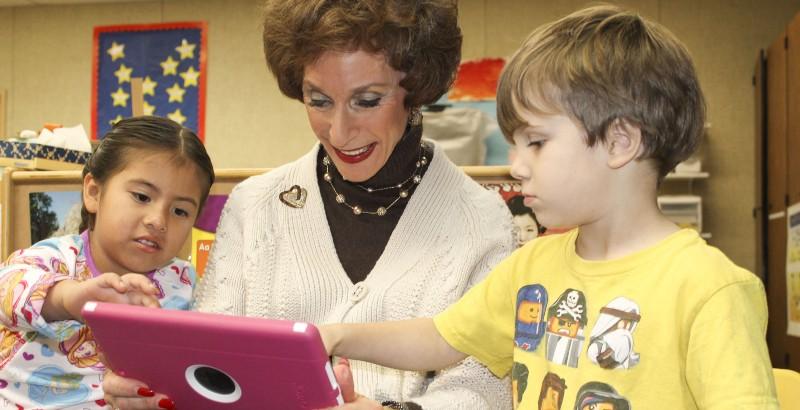 Barb-Nemko-with-preschoolers